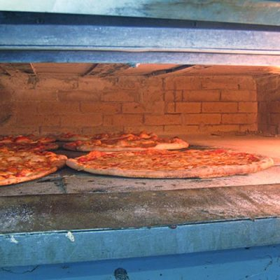 New Park Pizza Earns Queens a Slice of Respect