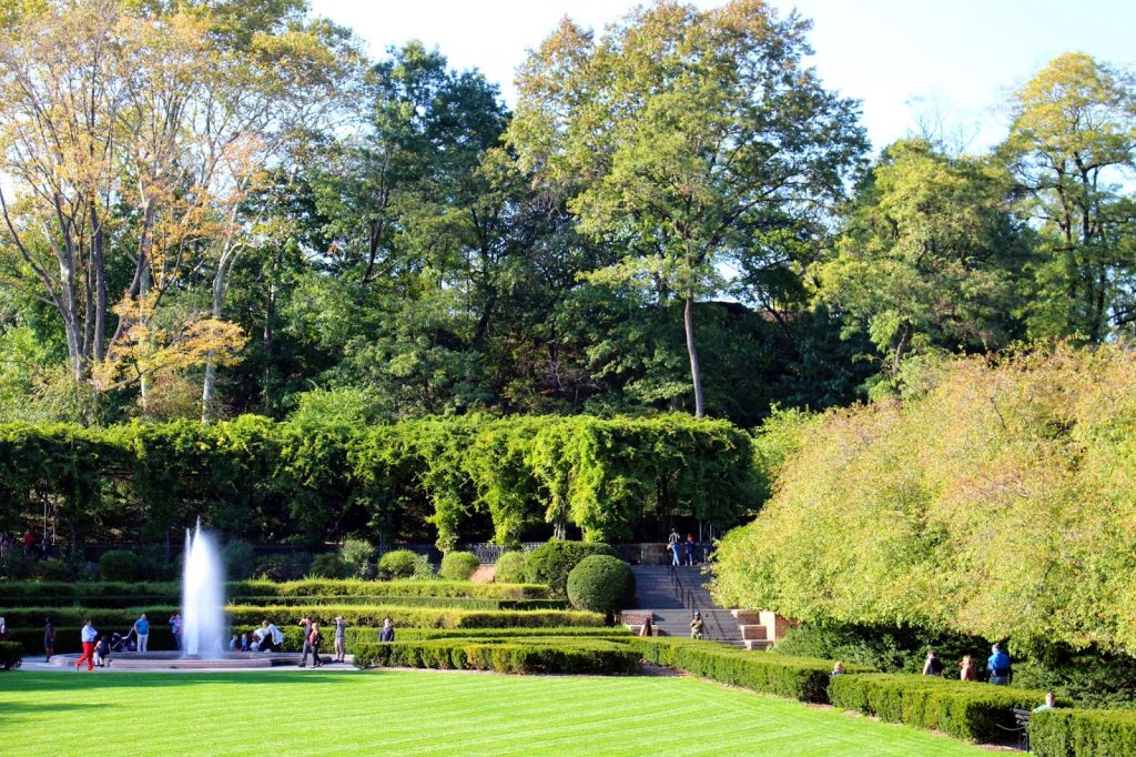Discover the Conservatory Garden in Central Park Tracys New
