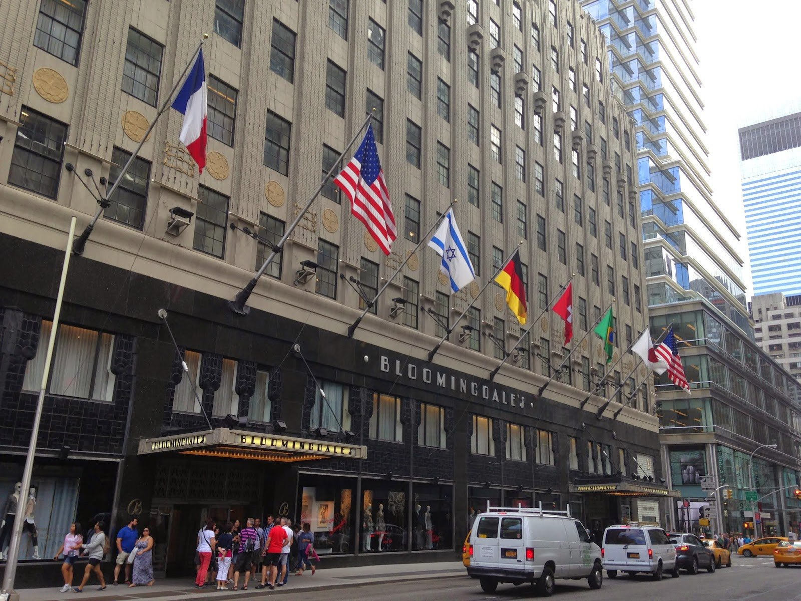 Nyc Shopping Bergdorf S Bloomingdale S Barneys Tracy S