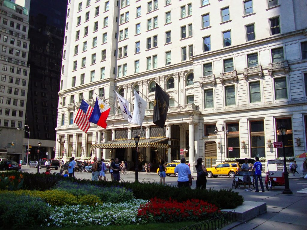 The plaza hotel a new york city classic tracy kaler 39 s for Hotel new york