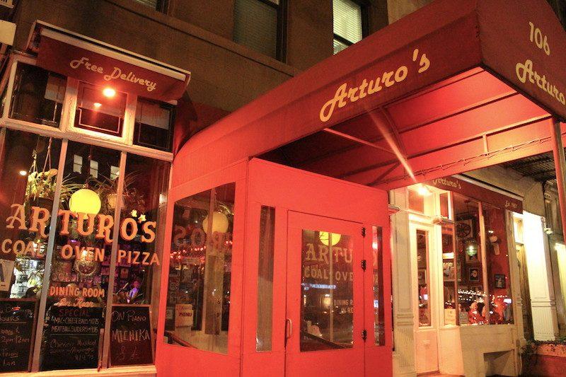 Arturo's Houston Street