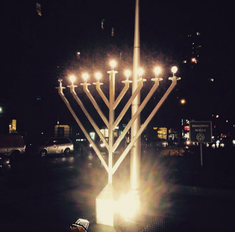 menorah on broadway in nyc