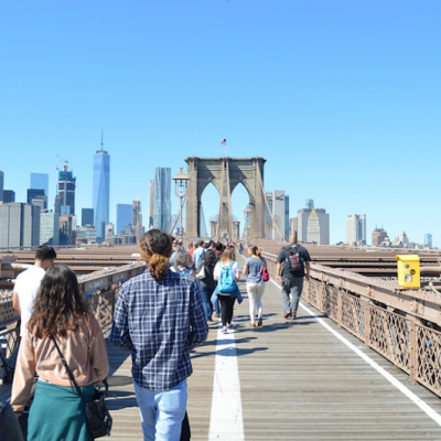 How to Avoid Looking Like a Tourist in NYC