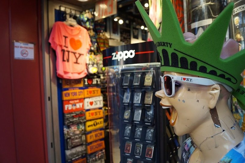 Where to buy souvenirs in New York