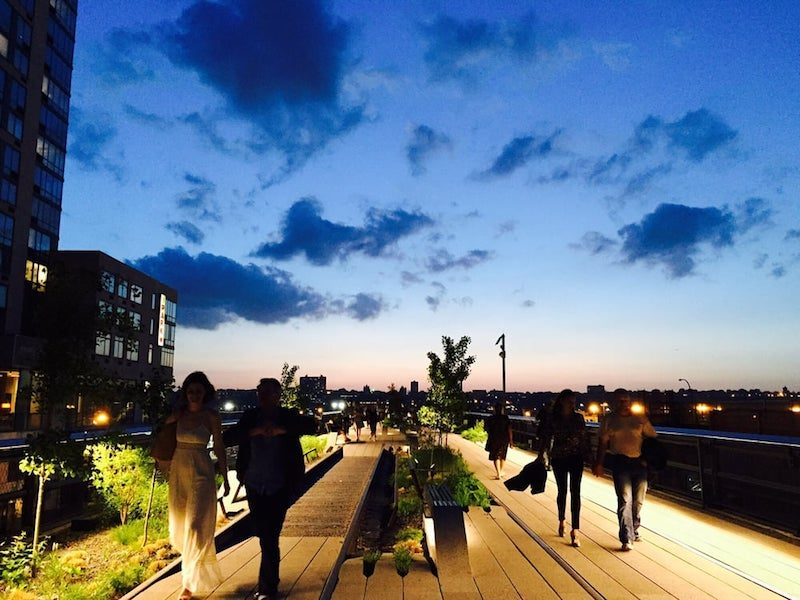 Free things to do in new york in the summer tracy kaler for Stuff to do in nyc at night